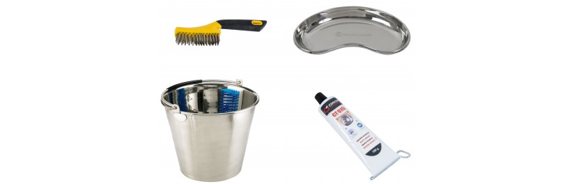 Accessories and cleaning products for equine dentistry and veterinarians.